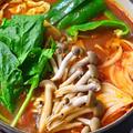 3月15日 月曜日 たっぷり旬野菜の辛トマト鍋