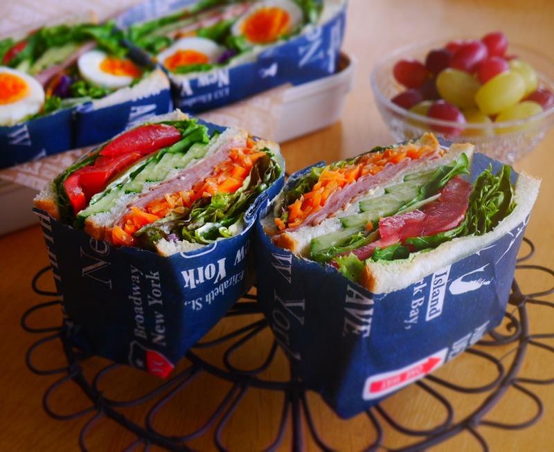 簡単!可愛い!「100均ワックスペーパー」でお店みたいなサンドイッチを作ろう!