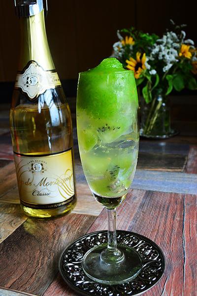 ベジ&フルーツのスムージーワイン (ノンアルコールワイン02)