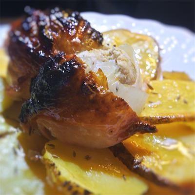 鶏だんご、玉ねぎの鶏皮巻きグリル、カレー風味