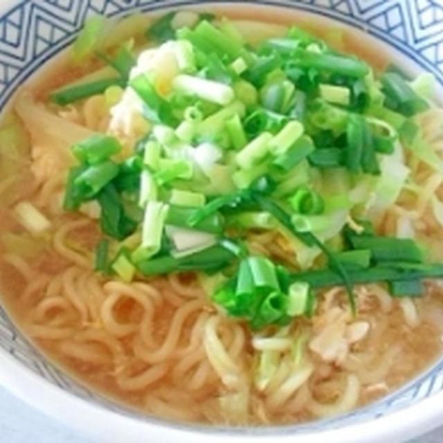 スープまろやか☆かき玉キャベラーメン