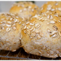フレーク&粉でダブルライ麦パン