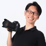 世界を救う子どもの笑顔写真展!5月2日のスペシャルゲストを紹介。カメラマンの枡井昭宏さん