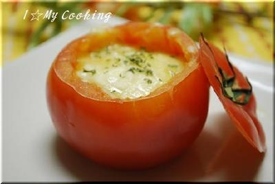 まるごとトマトのカップグラタン