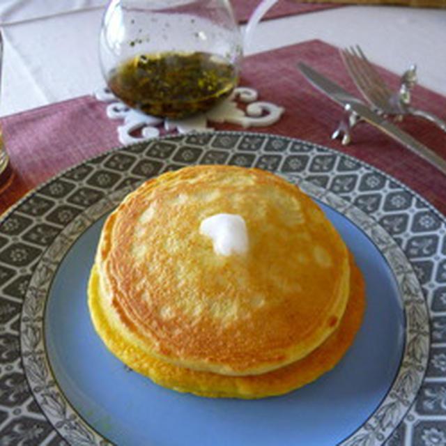 たんぱく質たっぷり♪大豆粉を使ったパンケーキ