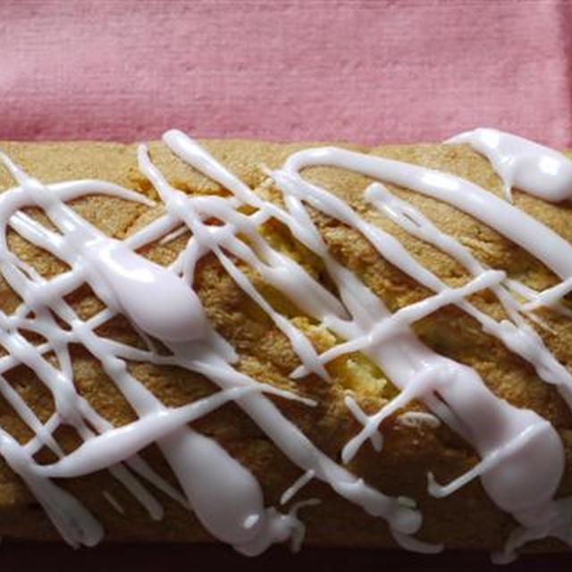 クランベリー&ホワイトチョコチップケーキ