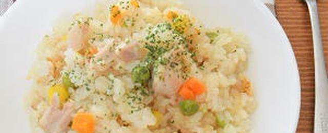 スイッチオンで本格仕上げ♪炊飯器で作る「チキンピラフ」レシピ
