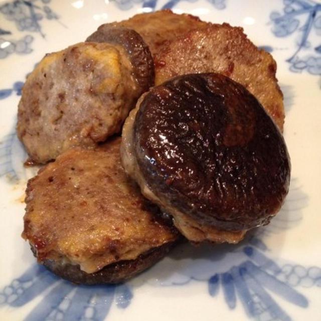 コリアンハンバーグの肉詰め。