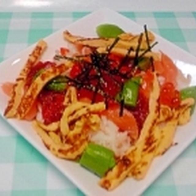 ちらし寿司の素で、簡単海鮮ちらし♪