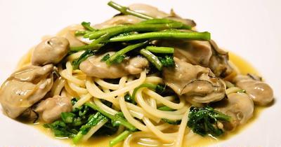 牡蠣の濃厚な旨味とクレソンの爽やかさの組み合わせが美味しい『牡蠣とクレソンのスパゲッティ』