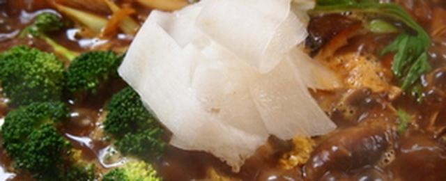 〆も絶品!冬に食べたいスパイシーな「カレー鍋」レシピ
