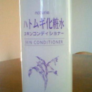 ハトムギ化粧水 スキンコンディショナー。