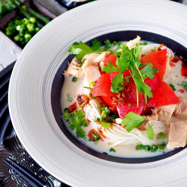 【簡単完成まで5分】混ぜるだけ!丸ごとトマトとツナの豆乳タンタン素麺