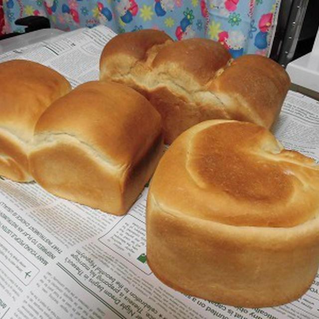 3斤分の粉で3つの食パンを焼きましたよ~♪