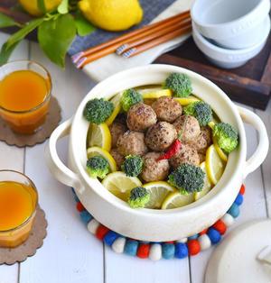 コロコロ肉団子のレモン鍋
