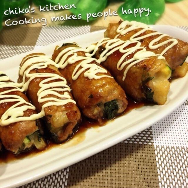 雨の日の過ごし方。 と ご飯がススムシリーズ♪甘辛ガーリックマヨの野菜巻き巻き♡