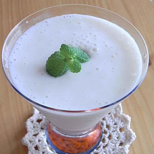 桃+メロン+ヨーグルトのフレッシュジュース