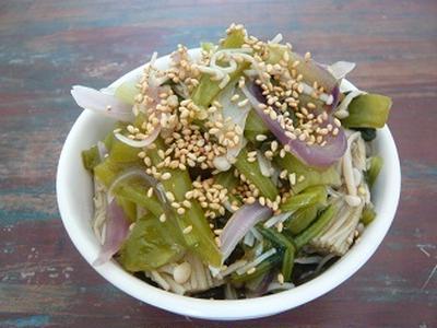 糖質が気になる人向け エノキと野菜の赤梅酢煮こみ レシピ