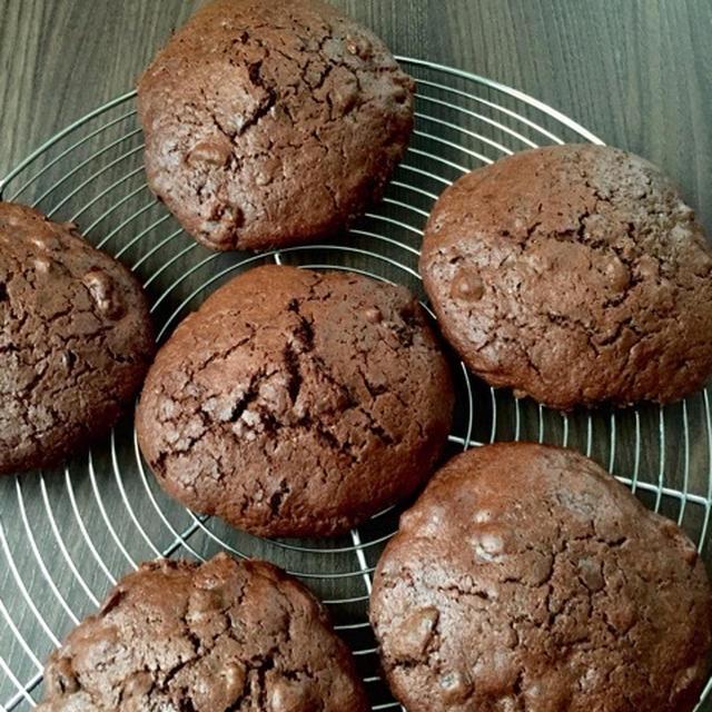 チョコとグランベリーの大判ソフトクッキー
