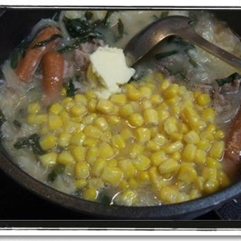 寒い夜に★味噌バター鍋