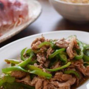 豚肉とピーマンのおかか炒めの晩ごはん。と佐渡土産