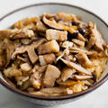 ごぼうときのこの台湾油飯(ヨウファン)のレシピ