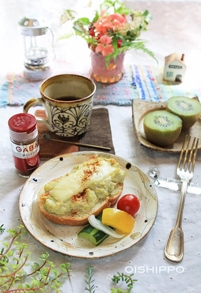 アボカドおからポテトサラダ♪チーズトースト朝ご飯