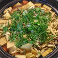 寒い日には♪麺つゆとカレー粉でカレーうどん鍋