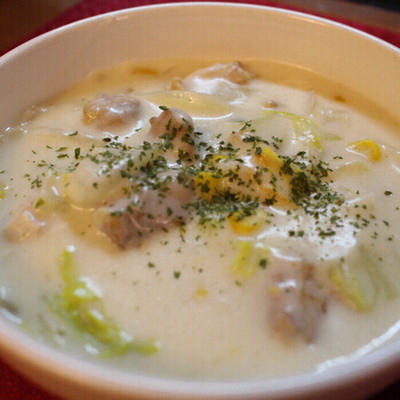 白菜と鶏肉のクリームシチュー