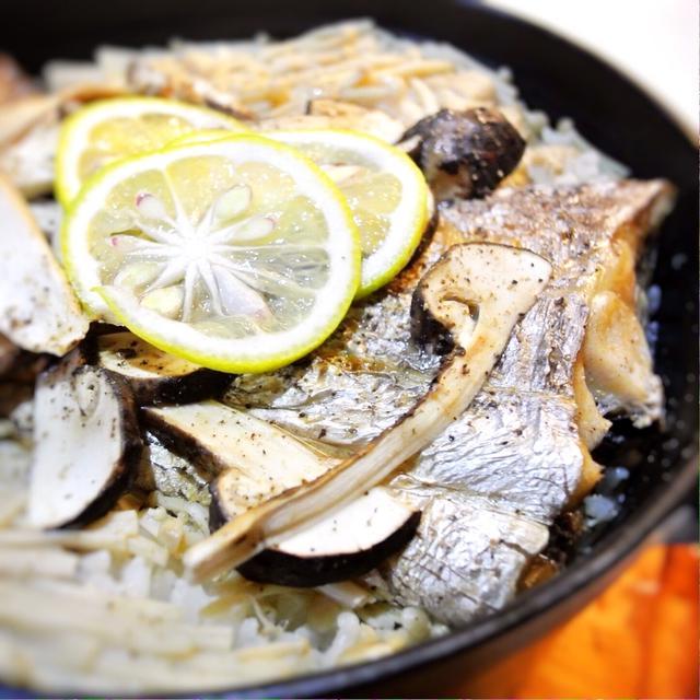 太刀魚と松茸の炊き込み御飯、かき醤油風味