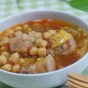 豚バラ肉とひよこ豆と春キャベツのオレガノトマト煮込み