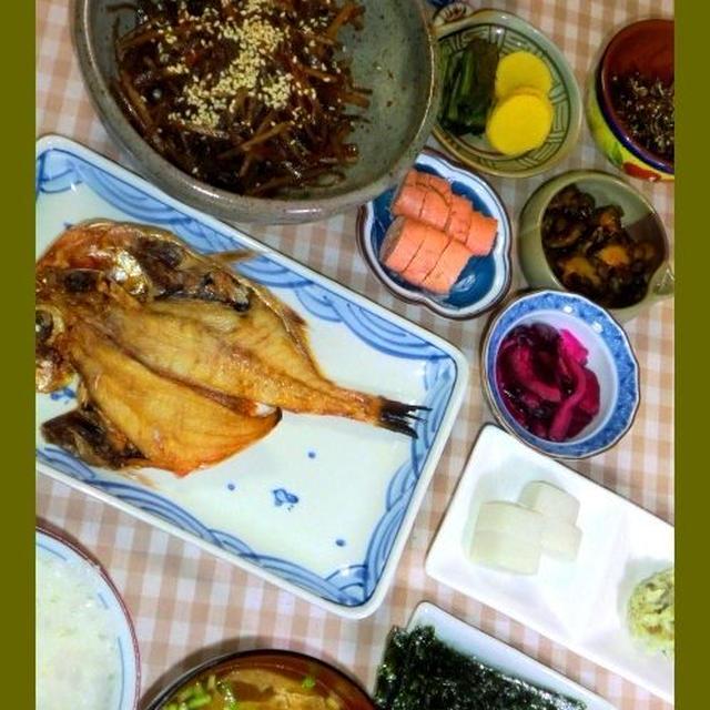 金目の干物で朝の和定食