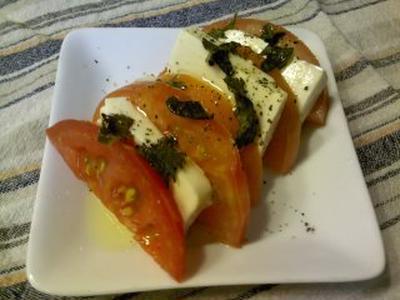 企画レシピ豆腐とトマトのカプレーゼ