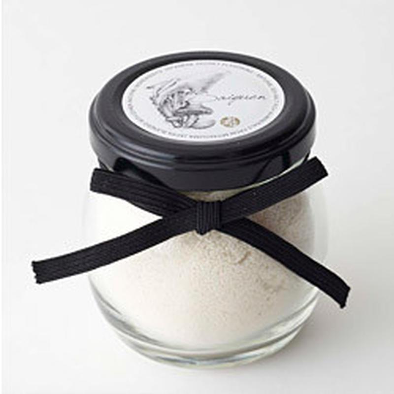 料理研究家 園山真希絵さんもすすめる「彩湧塩」。昆布・アサリ・椎茸の旨みも加わりかどのない味わいに、...