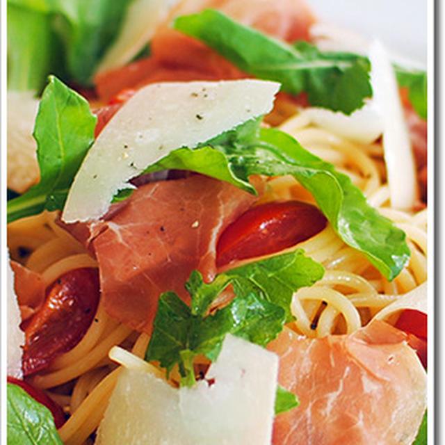 サンダニエーレ産生ハムとパルミジャーノ、ルッコラの冷製スパゲッティ