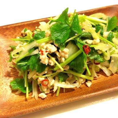 和製パクチー♡鶏ひき肉と三つ葉のエスニックサラダ*薬味ラ部