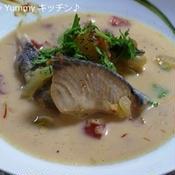 生クリーム風味の鮭たっぷり☆ブイヤーベース♪