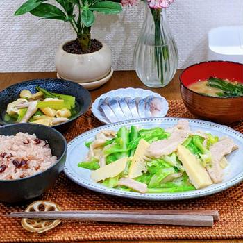 春キャベツと筍と豚トロの塩ダレ炒め