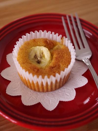 ホットケーキミックスで簡単はちみつバナナのカップケーキ