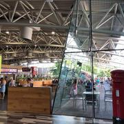 おしゃれすぎる?!イギリスのサービスエリアで定番の食と紅茶を楽しむ