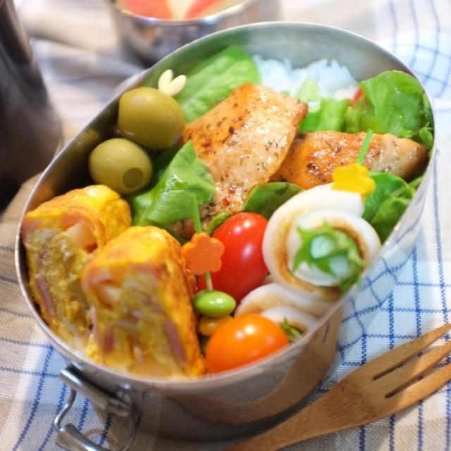 息子の☆鮭のバジルオイル焼き弁当♪