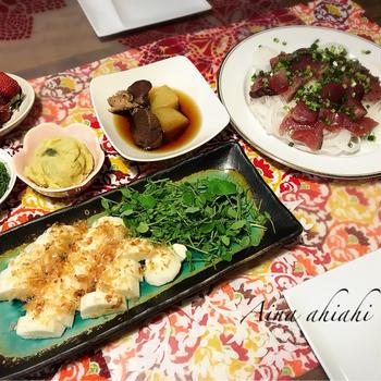 カツオの刺身の晩御飯とお泊まりの日の朝ごはん