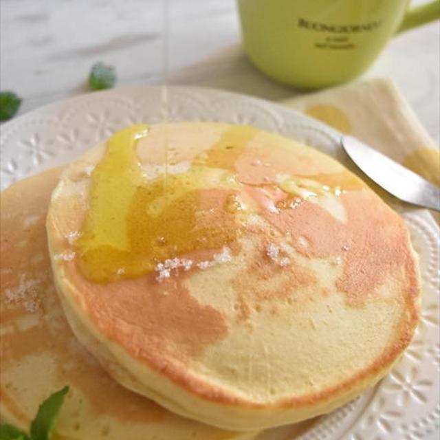 はまる美味しさ!!オリーブオイルと塩で食べるホットケーキ