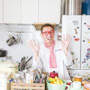 どんどん増える大好きなもの、雑貨屋さん風にレイアウトするには?~クック井上。さんの「世界一楽しいわたしの台所」