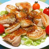 焼くだけ簡単!チキンと長芋のソテー、コンソメジュレのっけ。