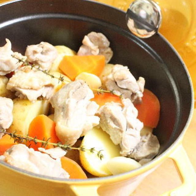 【ストウブ】 じゃが芋と鶏の煮物 レシピ