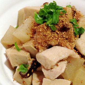 レシピ☆和風なやさしい味で心もほっこり【大根と鶏の和風煮込み】