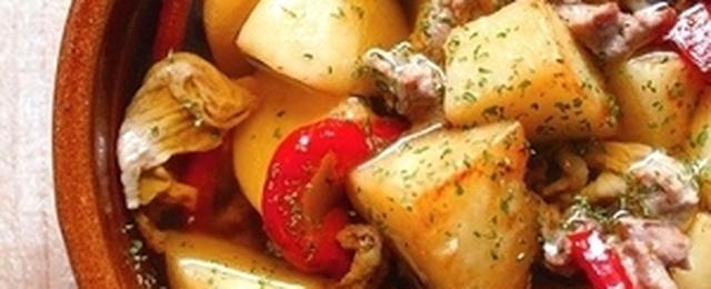 使い方いろいろ!豚こま肉とじゃがいもで作るオススメおかずレシピ