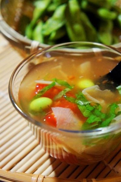 冷酒とつまみたい、山椒薫るかんぴょう巻き、トマト・枝豆・湯葉の葛仕立てで夏の宴