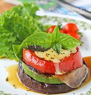 とろ~りなすとトマトのステーキサンド☆フライパンで簡単おつまみ